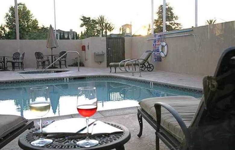 Hilton Garden Inn San Diego Del Mar - Hotel - 2