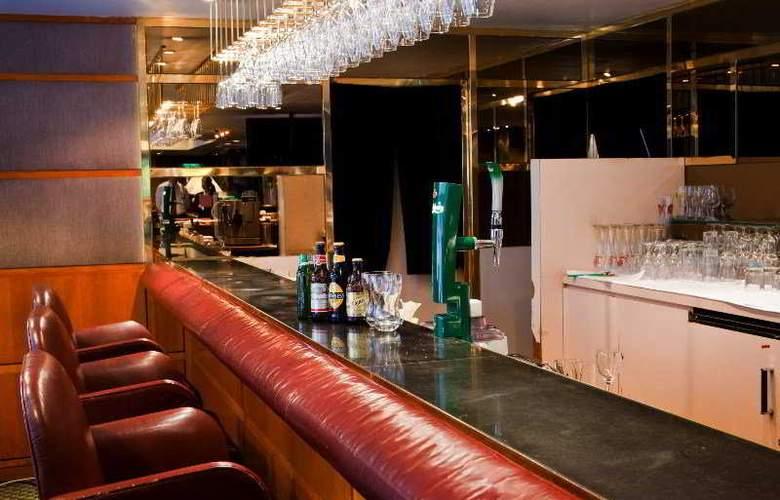 The Kimberley - Bar - 4