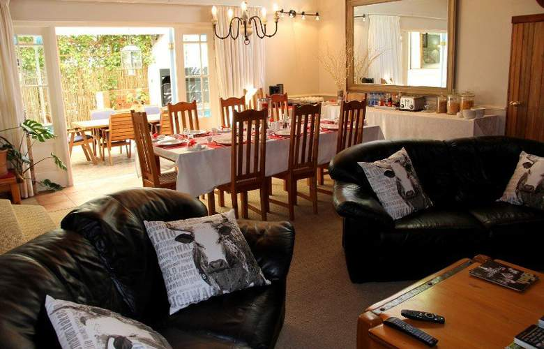 La Boheme Bed and Breakfast - Hotel - 2