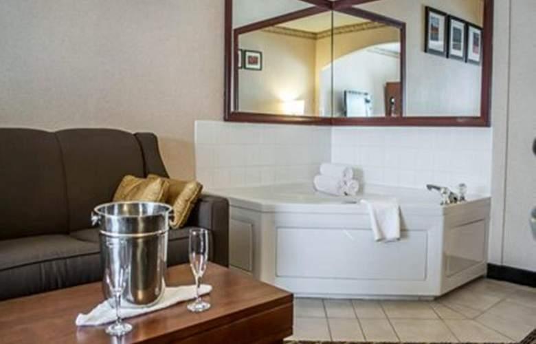 Quality Suites Southwest - Room - 27