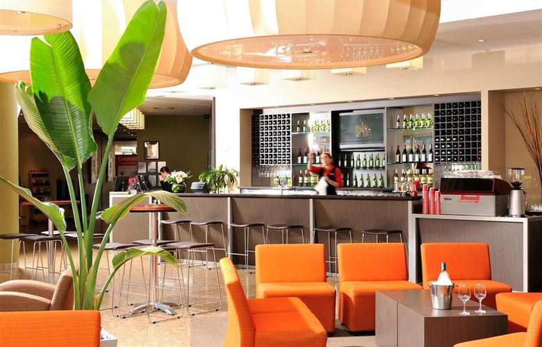 Ibis Melbourne Glen Waverley - Bar - 45