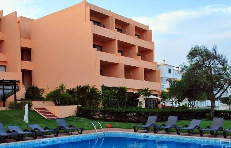 Dom Pedro Lagos - Hotel - 1