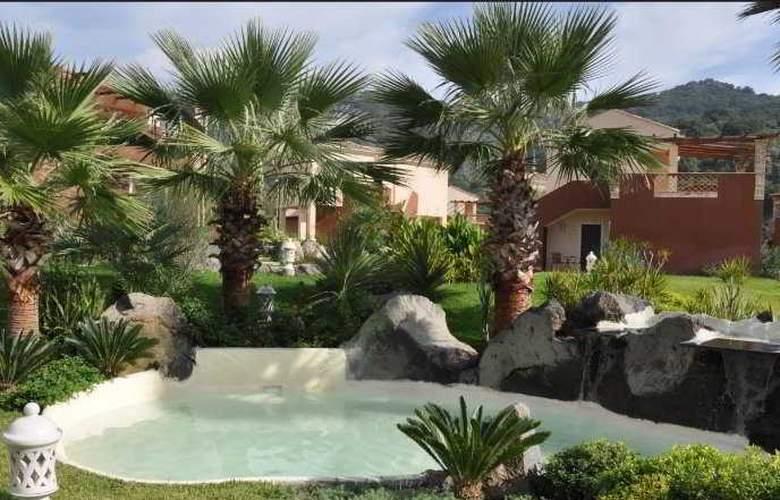Alcantara Resort - Pool - 7