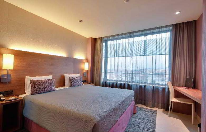 Rafael Hoteles Badalona - Room - 18
