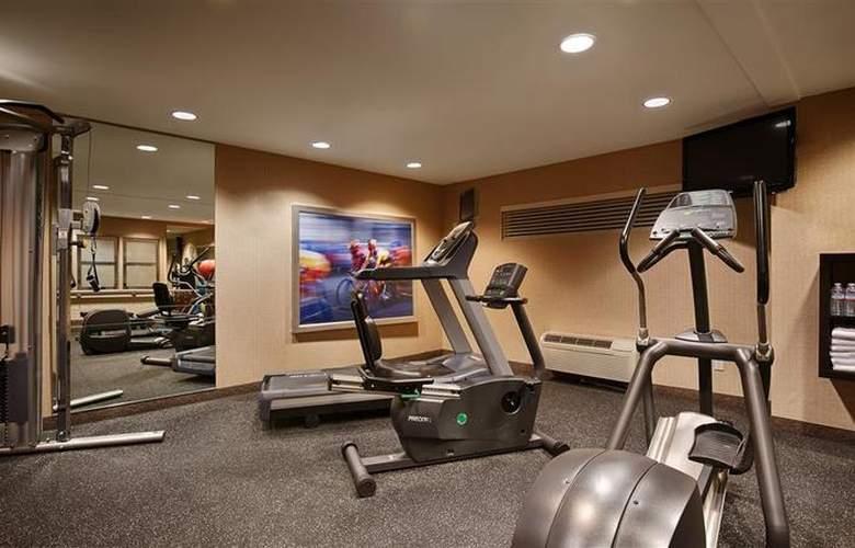 Best Western Plus Bayside Hotel - Sport - 41