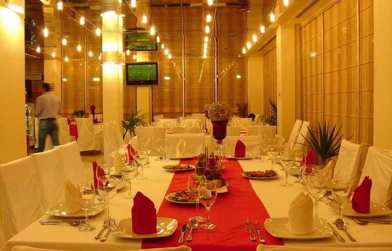 AS Hotel - Restaurant - 13
