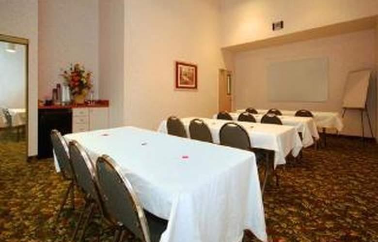 Comfort Suites Clara Avenue - General - 1