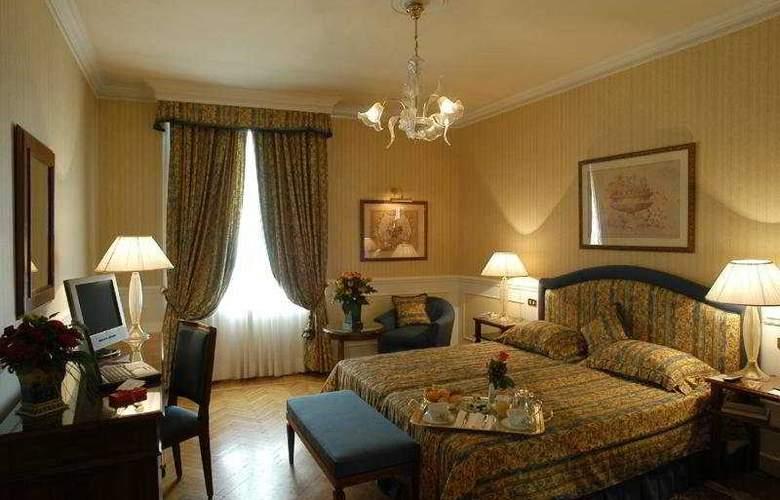 Plaza Lucchesi - Room - 3