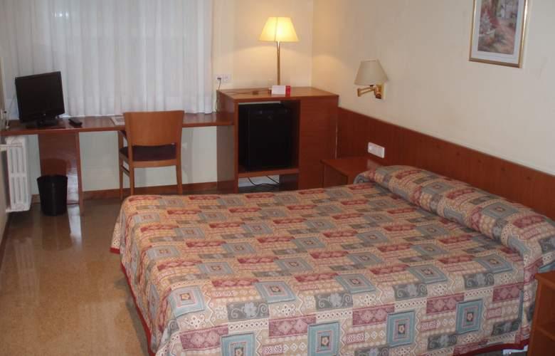 Bonanova Park - Room - 12
