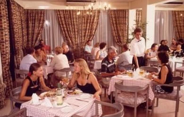 De Costa Bay - Restaurant - 2
