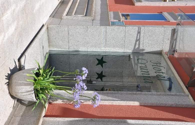 Crunia - Hotel - 17