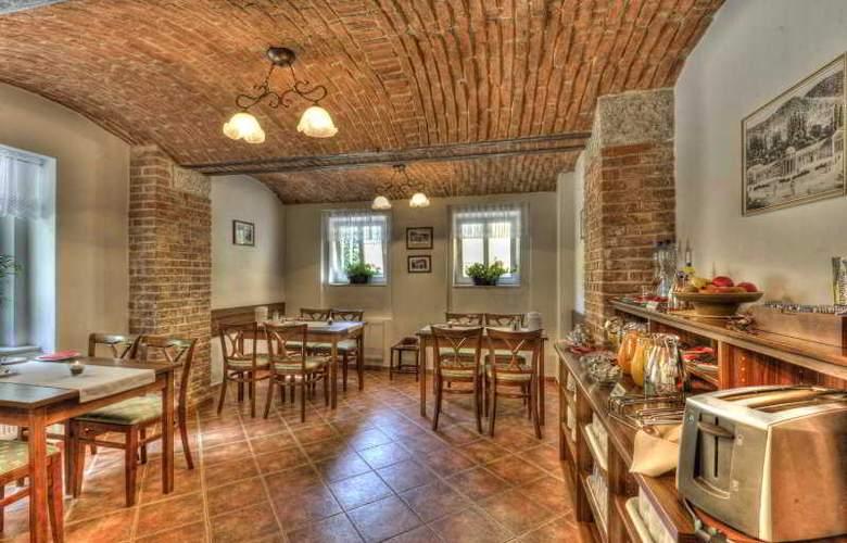 Villa Gloria - Restaurant - 7