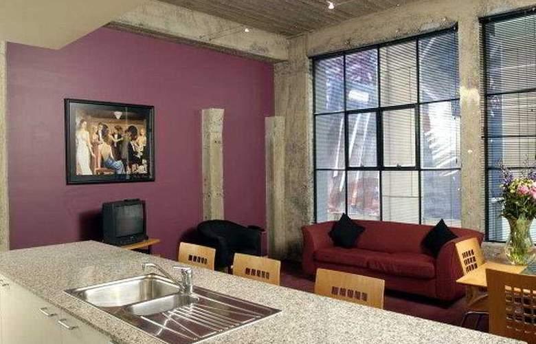 Punt Hill Manhattan - Room - 0