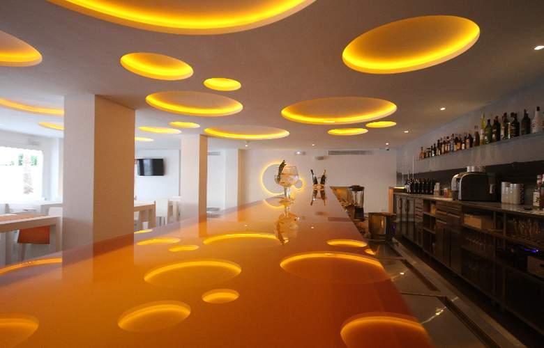Apartamentos Ibiza Sun - Bar - 6