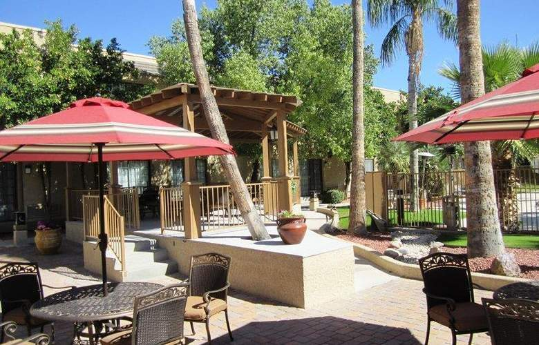 Best Western Tucson Int'l Airport Hotel & Suites - Hotel - 76