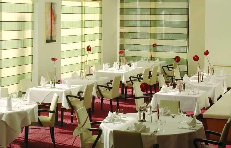 NH Oberhausen - Restaurant - 11