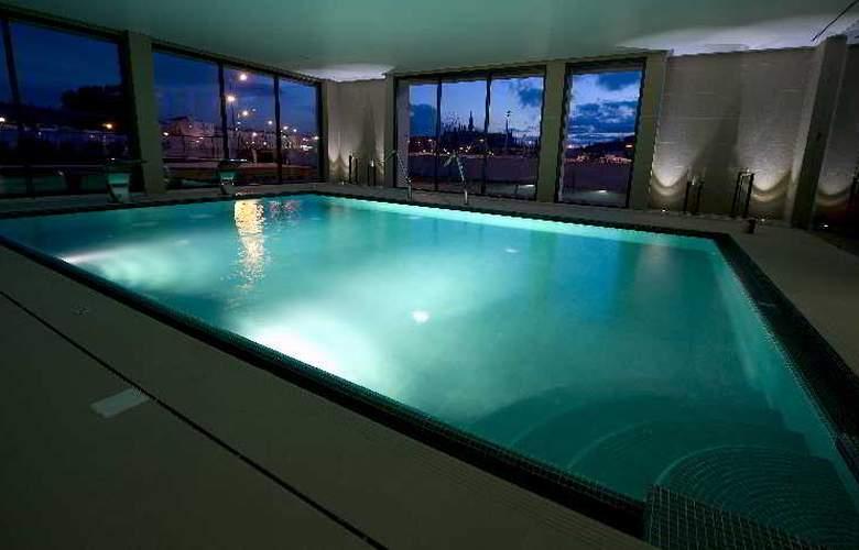 Villa Batalha - Pool - 6