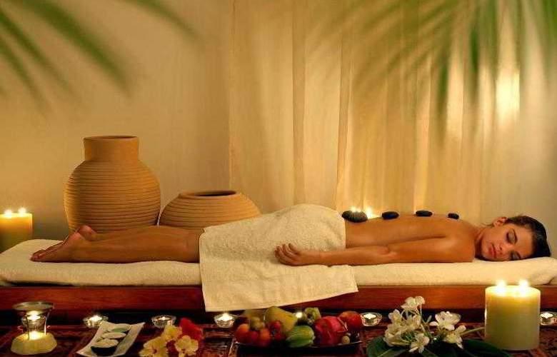 Le Meridien Al Aqah Beach Resort - Sport - 38