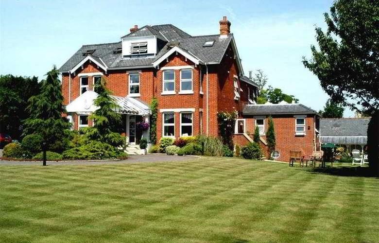 Duxford Lodge Hotel - Hotel - 0