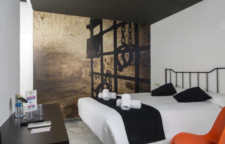 Casual Sevilla Don Juan Tenorio - Room - 10