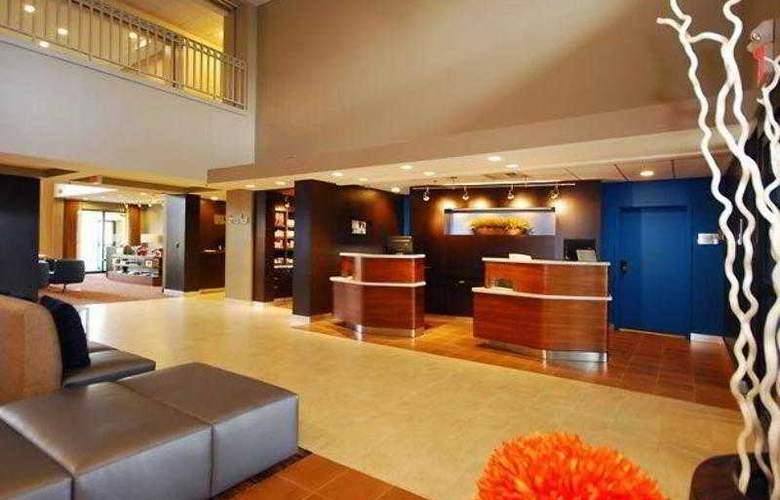 Courtyard Boston Raynham - Hotel - 4