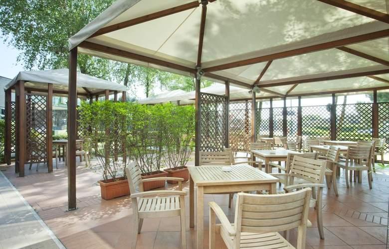 Holiday Inn Venice - Mestre Marghera - Terrace - 8