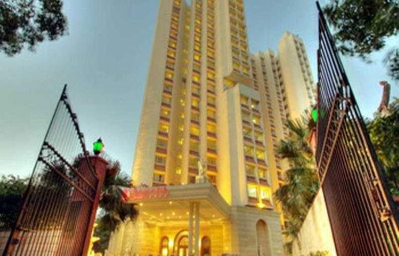 Hotel Royal Plaza (Ramada Plaza) - General - 1