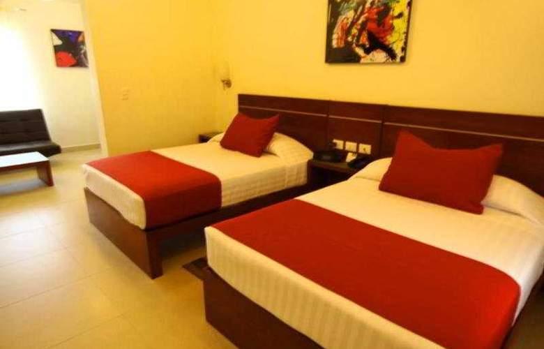Grand City Hotel - Room - 3