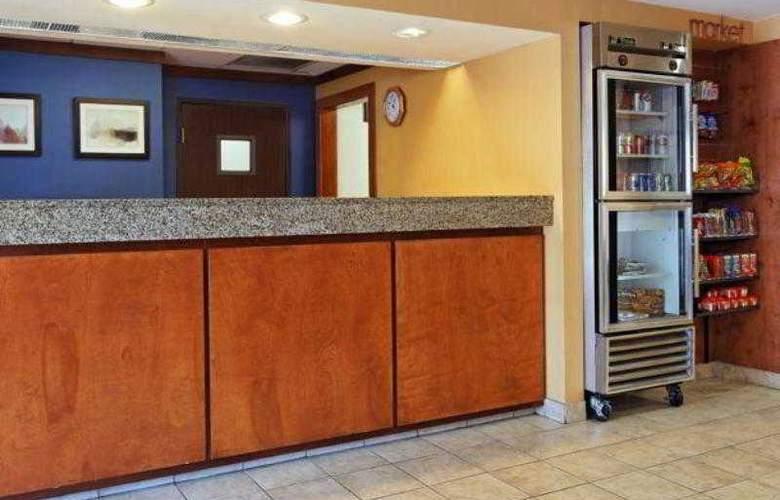 Fairfield Inn & Suites San Antonio - Hotel - 9