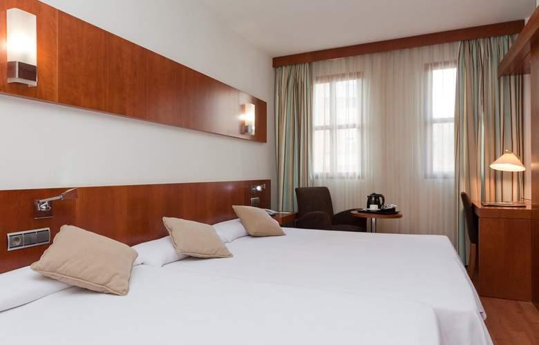 Senator Huelva - Room - 2