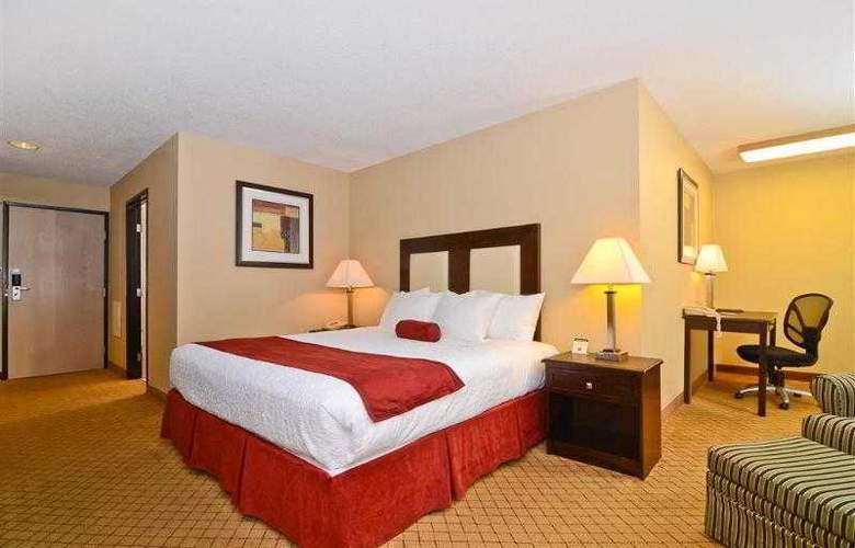 Best Western Plus Macomb Inn - Room - 25