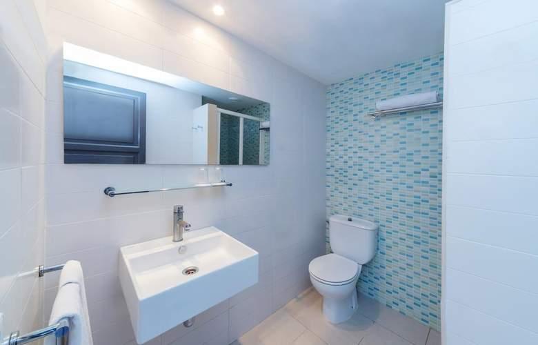 PortBlue Rafalet Apartments - Room - 9