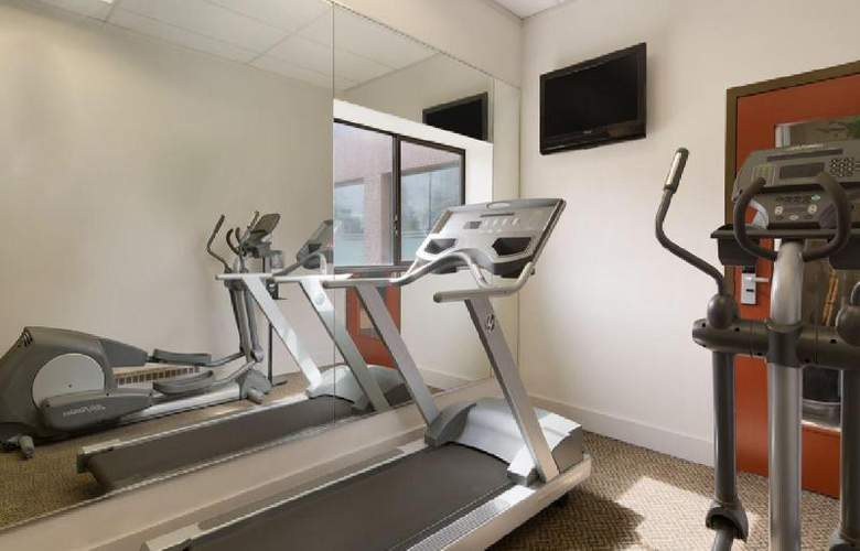 Travelodge Hotel Vancouver Airport - Sport - 17