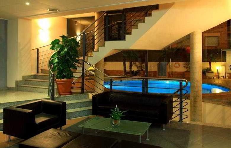 Aqua Hotel Promenade - General - 1