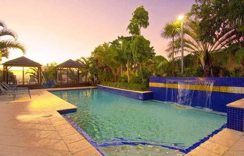 Scarborough Observation Resort - Pool - 6