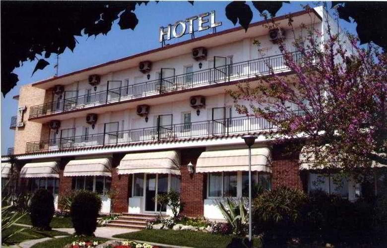 Roca - Hotel - 0