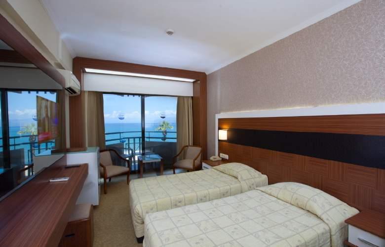 Derici Hotel - Room - 3