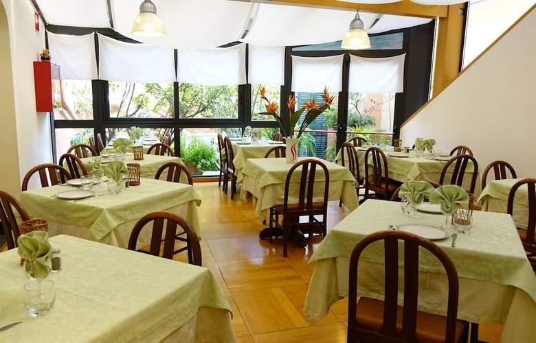 Garibaldi - Restaurant - 3