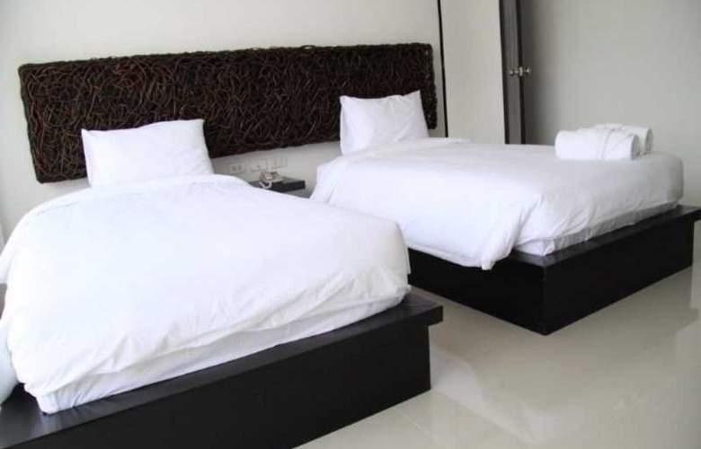 BS Premier Airport Hotel - Room - 5