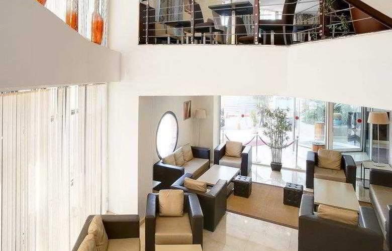 Best Western Plus Liberte Hotel - Hotel - 8