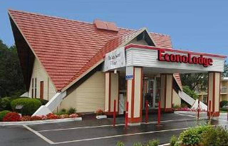 Econo Lodge Inn & Suites - Hotel - 0
