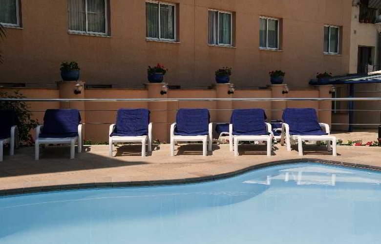Hcc Montblanc - Pool - 11