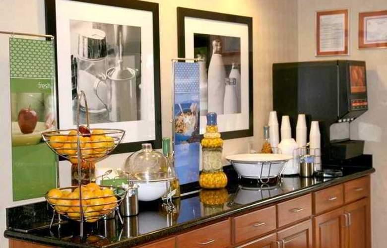 Hampton Inn Atlanta-Town Center/Kennesaw - Hotel - 8