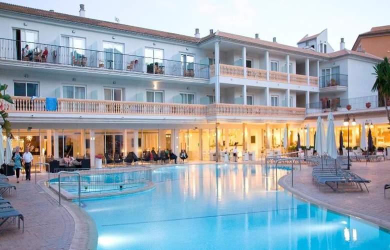 La Pergola Aparthotel - Pool - 56