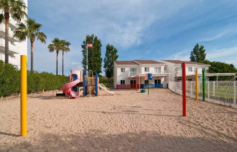 Eix Lagotel Hotel y apartamentos - Sport - 30