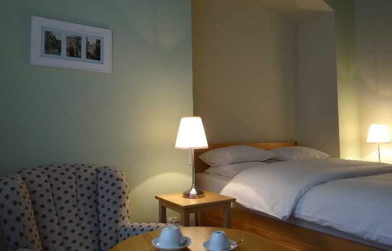Boutique Aparthotel - Room - 5