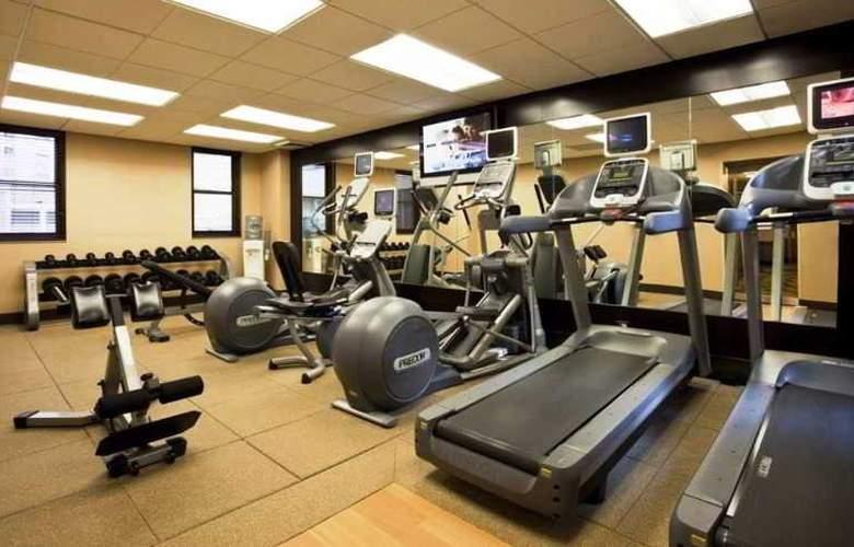 Hilton Garden Inn Times Square - Sport - 3