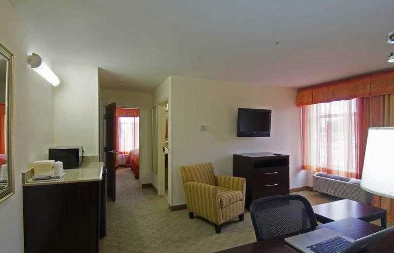Best Western Plus Cecil Field Inn & Suites - Hotel - 2