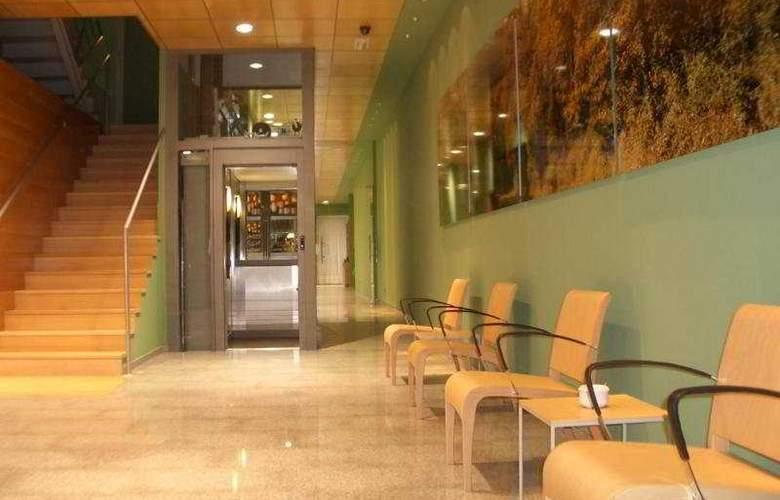 Bilbao Jardines - Hotel - 0