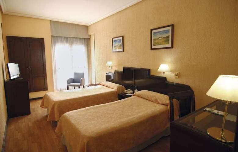 Hotel Alcantara (Antes Husa) - Hotel - 0